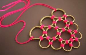 colar -de -argolas- metalicas 1