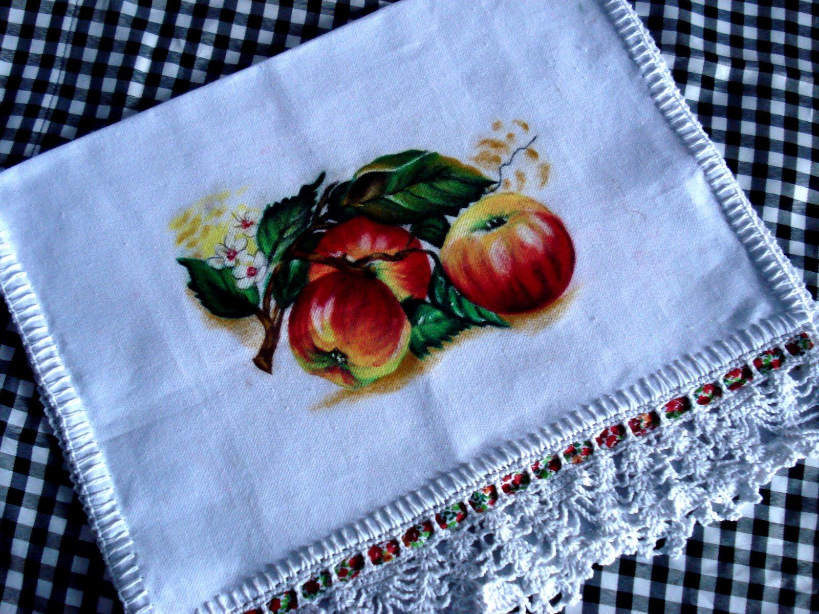 Pano de Prato Pintado com Giz de Cera – Como Fazer