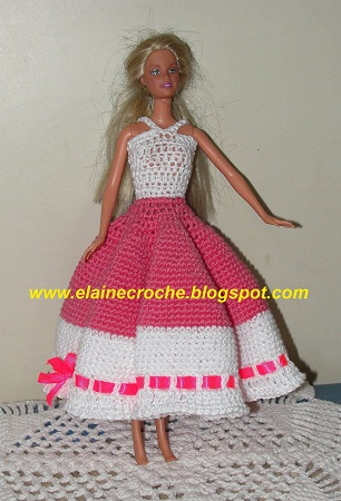 Modelos de Vestidos para Bonecas em Crochê – Fotos e Vídeo.