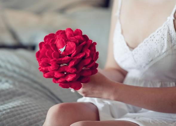 Buquê Personalizado Para Casamento Com Feltro – Como Fazer