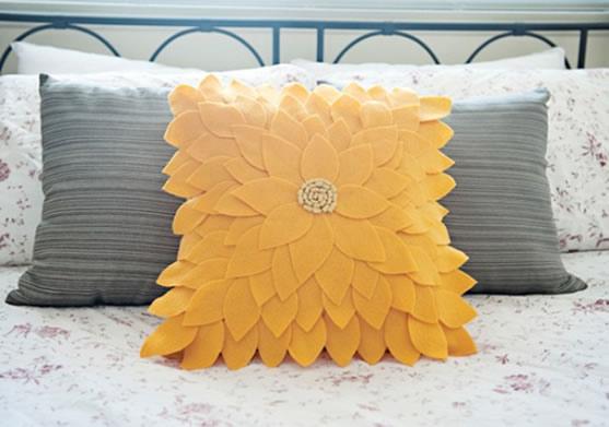 Capa de Almofada em Feltro de Girassol – Material e Como Fazer