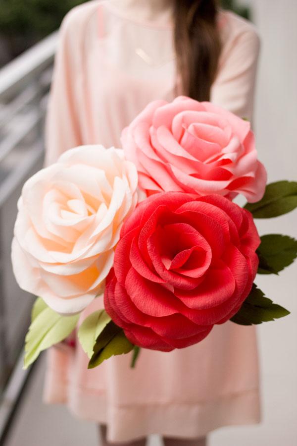 Flor Gigante Feita de Crepom – Como Fazer