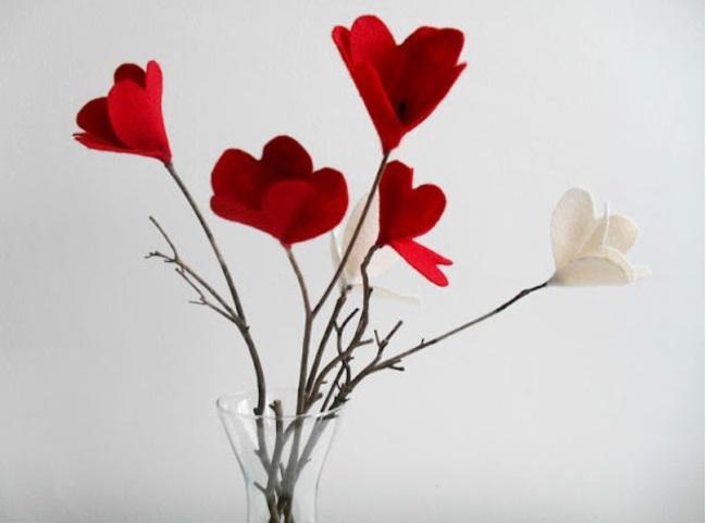 arranjo-com-flores-de-feltro