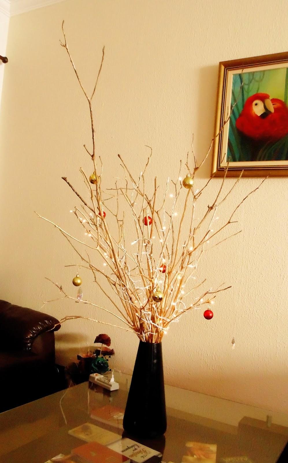 Árvore de Natal com Galhos Secos – Materiais e Vídeo