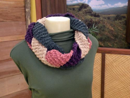 Gola de Lã Colorida em Tricô – Passo a Passo