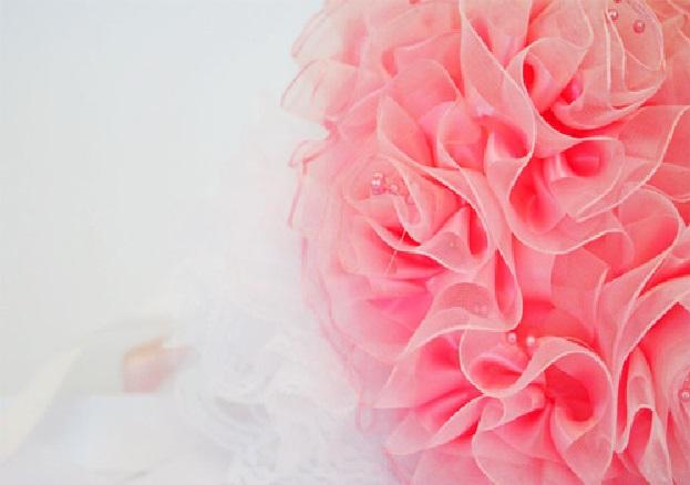 Buquê Feito Com Fita de Cetim rosa