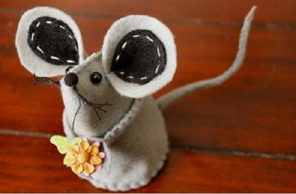 Ratinho Feito de Feltro – Como Fazer e Molde