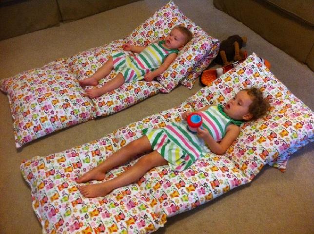 Colchonete de Porta-Travesseiros criança