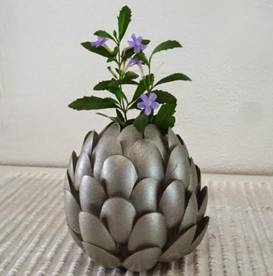 Vaso de flor Com Colheres