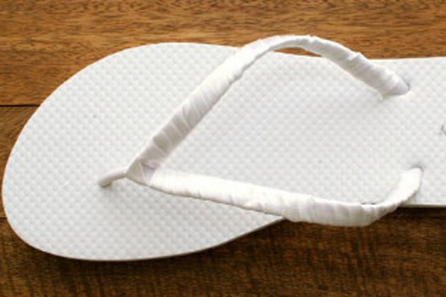 Sandália de Pérola em Chinelo Customizado - Como Fazer
