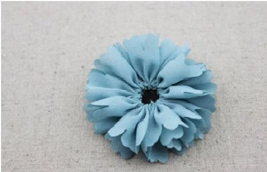 Flor Tecido Com Alinhavo assim