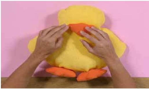 Almofada Pato em Tecido .