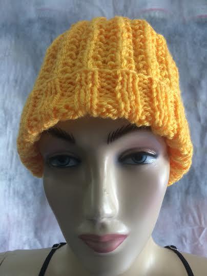 Gorro Amarelo Crochê
