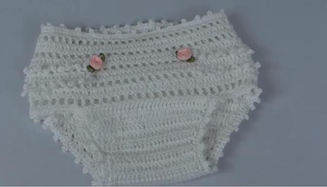 Calcinha de Bebê Em Crochê – Material e Vídeo