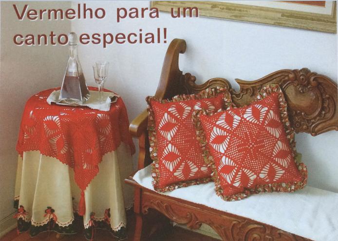 xale-para-mesa-e-almofadas-vermelhas-material-e-como-fazer