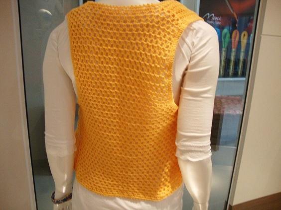 colete-amarelo-em-croche-cosetas