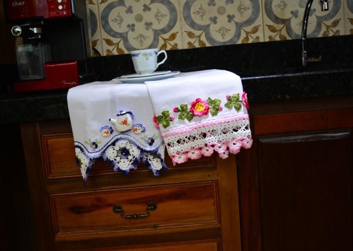 Pano de Prato Bule e Xícaras Crochê – Material e Como Fazer