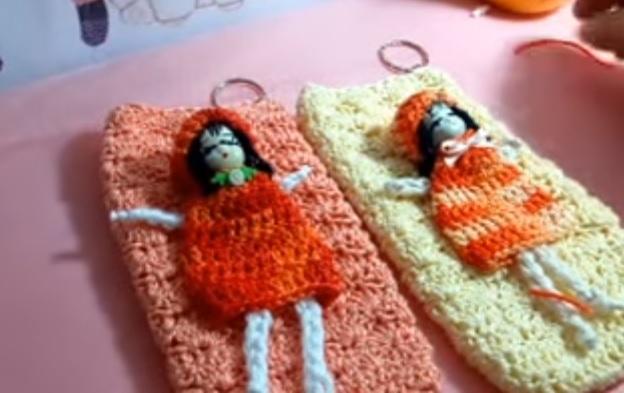 Capinha de Celular Em Crochê – Material e Vídeo Aula