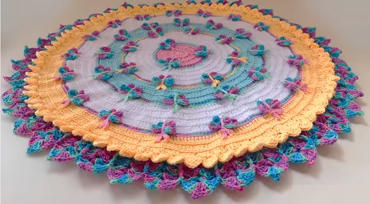 Tapete Candy Infantil Borboletas Crochê – Material e Vídeo
