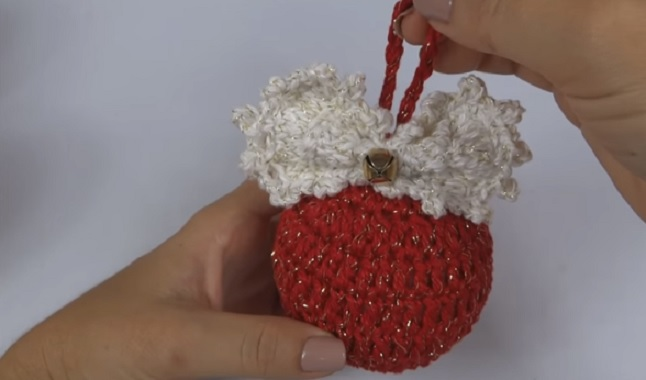 Bola de Natal Em Crochê – Material e Vídeo