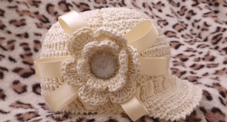 Gorro Infantil Menina Brilhante Crochê– Material e Vídeo