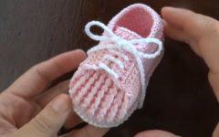 Sapatênis Bebê de Crochê – Material e Vídeo