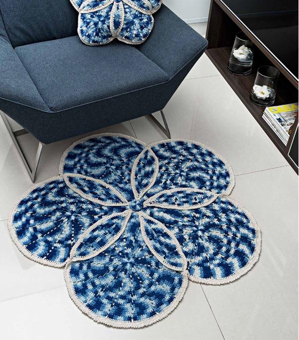 Tapete e Almofada Azul Cru Em Crochê – Material e Receita