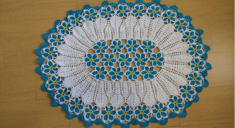 Tapete Jardim Azul Em Crochê – Material e Vídeo
