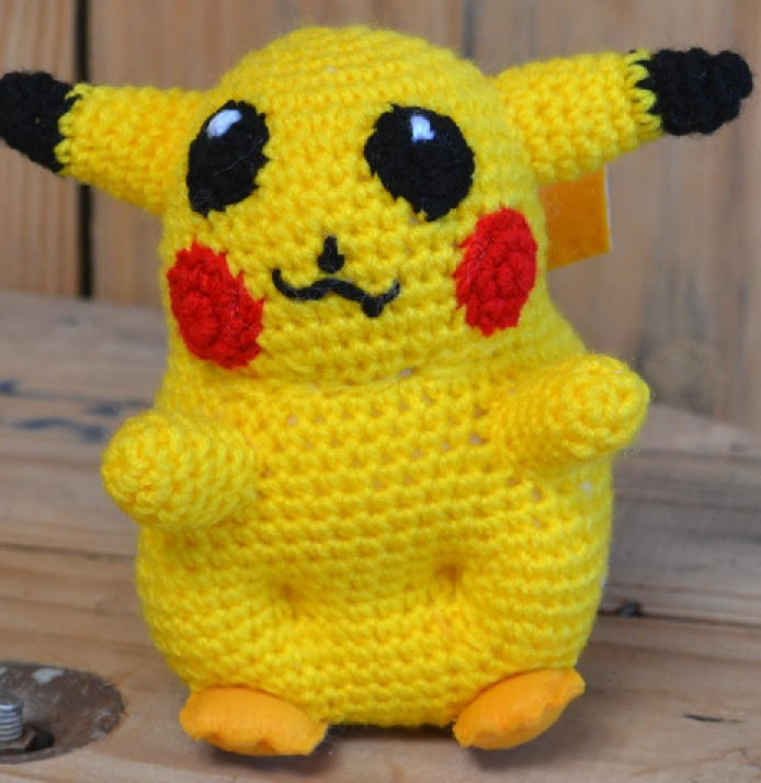 Pokémon Amigurumi · A Pokemon Plushie · Yarncraft on Cut Out + Keep | 714x694