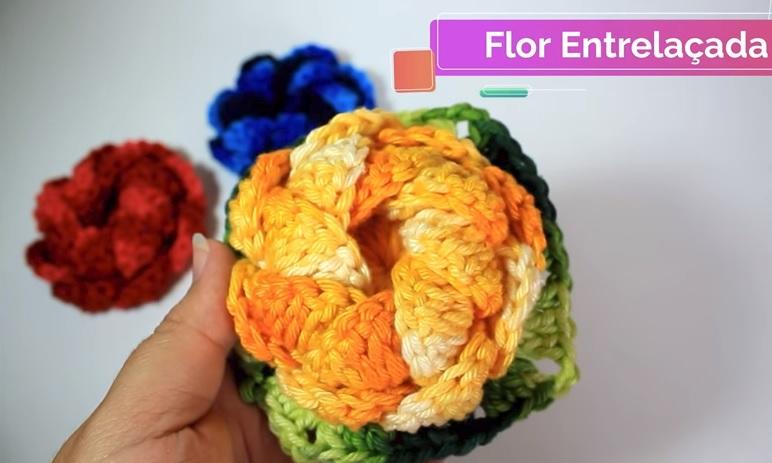Flor Entrelaçada Em Crochê – Material e Vídeo