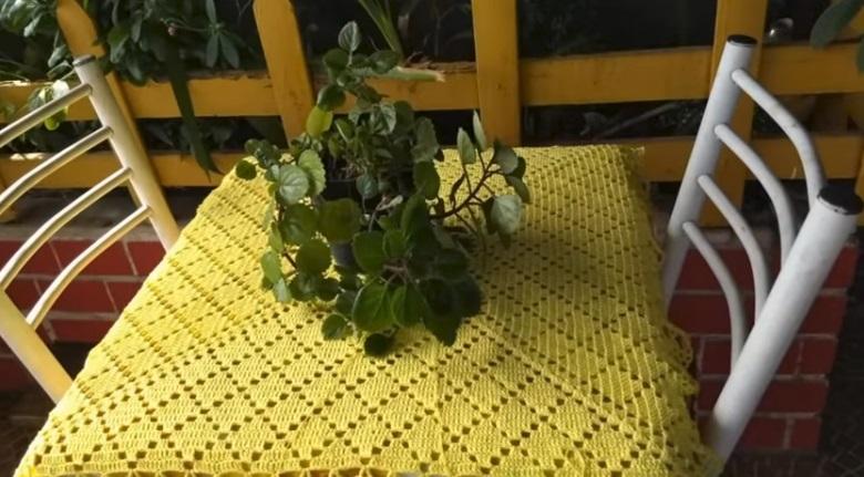 Toalha Quadrada Em Crochê – Material e Vídeo