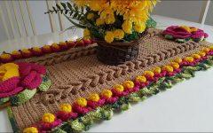 Caminho de Mesa Mega Rosa Em Crochê – Material e Vídeo