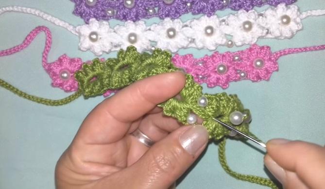 Pulseira Fofura Com Perolas Em Crochê – Material ccd16aeaed9