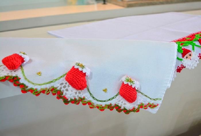 Barrado Bota de Natal Em Crochê – Material e Receita