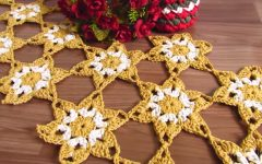 Caminho de Mesa Estrelas Em Crochê – Material e Vídeo