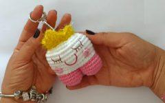 Chaveiro Dentinho Em Crochê – Material e Vídeo