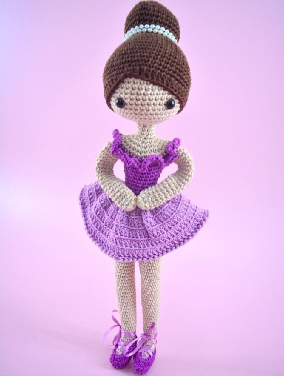 Amigurumi Bailarina Em Crochê – Material e Vídeo