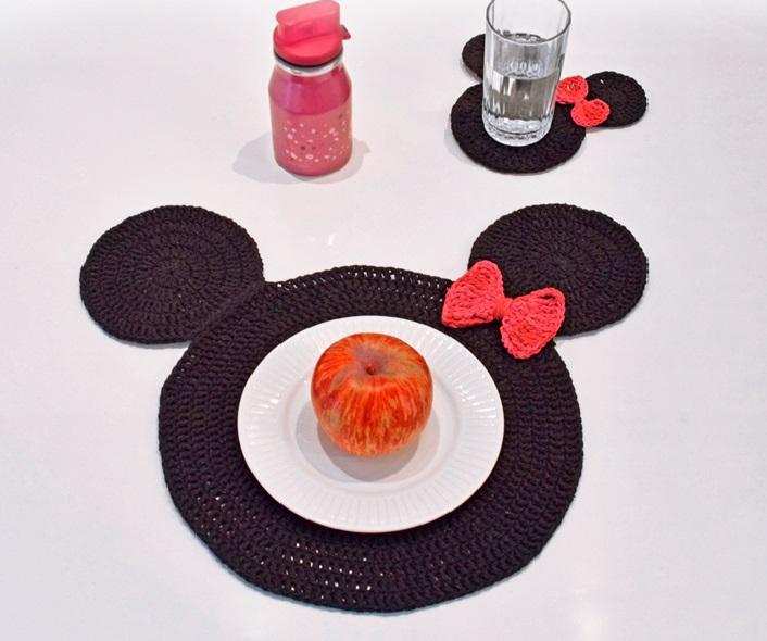 Sousplat E Porta Copos Mickey Em Crochê – Material e Receita