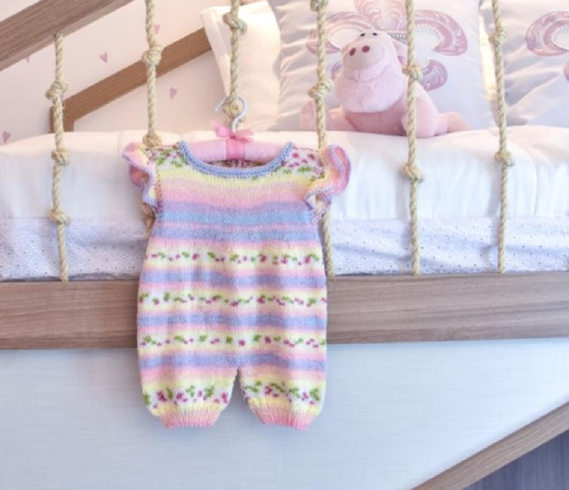 Macacão de Bebê Babado Em Tricô – Material e Receita
