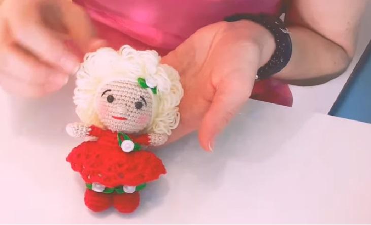 5 apaixonantes modelos de bonecas de amigurumi - Viver de Artesanato | 445x731
