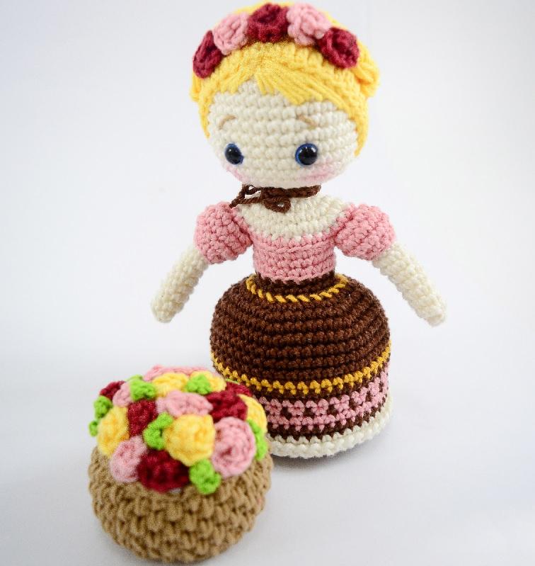 Amigurumi Frida Oktoberfest Em Crochê- Material, Receita e Vídeo Cesta